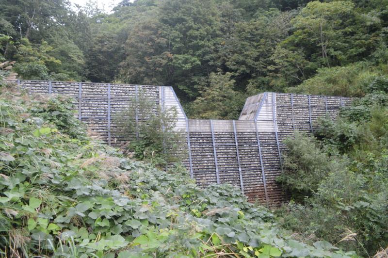 シラガ沢砂防ダム(鶴岡市)