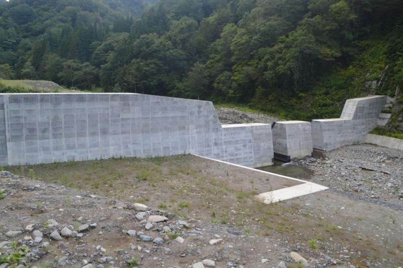 早田川第1砂防ダム(鶴岡市)