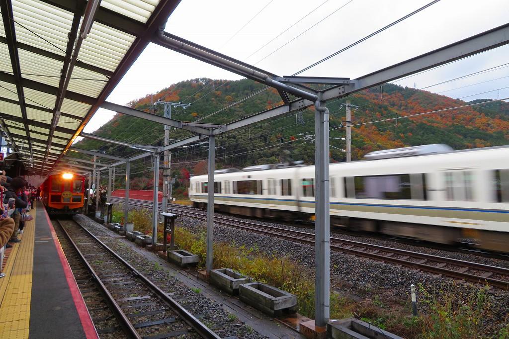 嵯峨野トロッコ列車 トロッコ亀岡駅