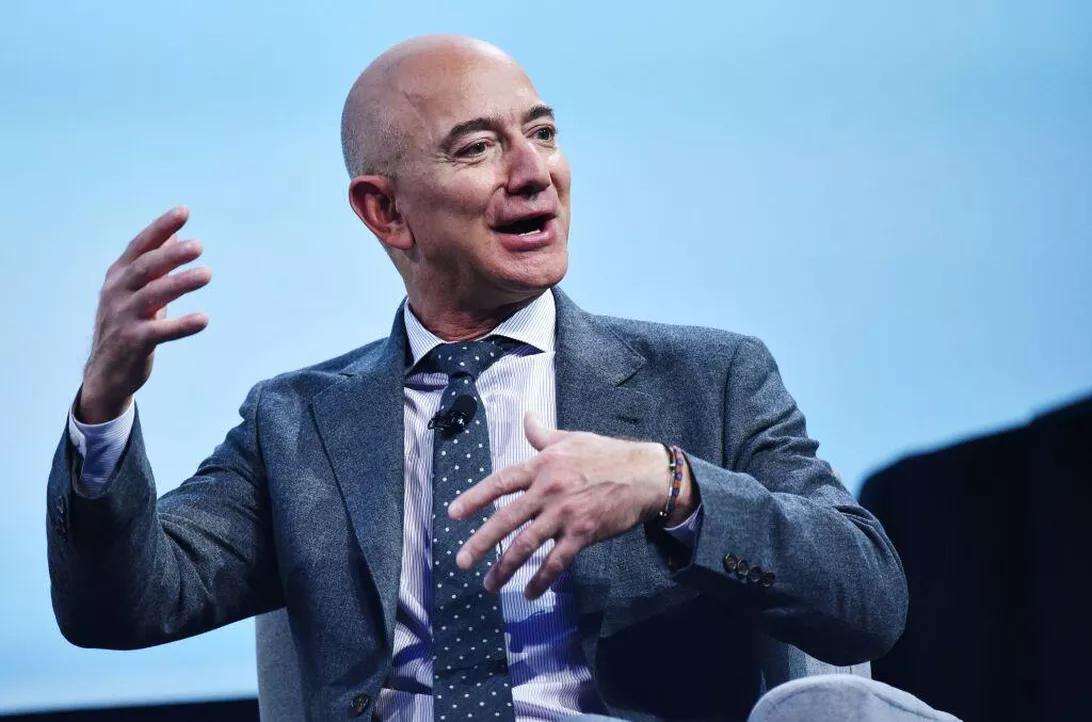 マジ?】Amazonのジェフ・ベゾスがNFLに興味津々!?狙ってるチームと ...