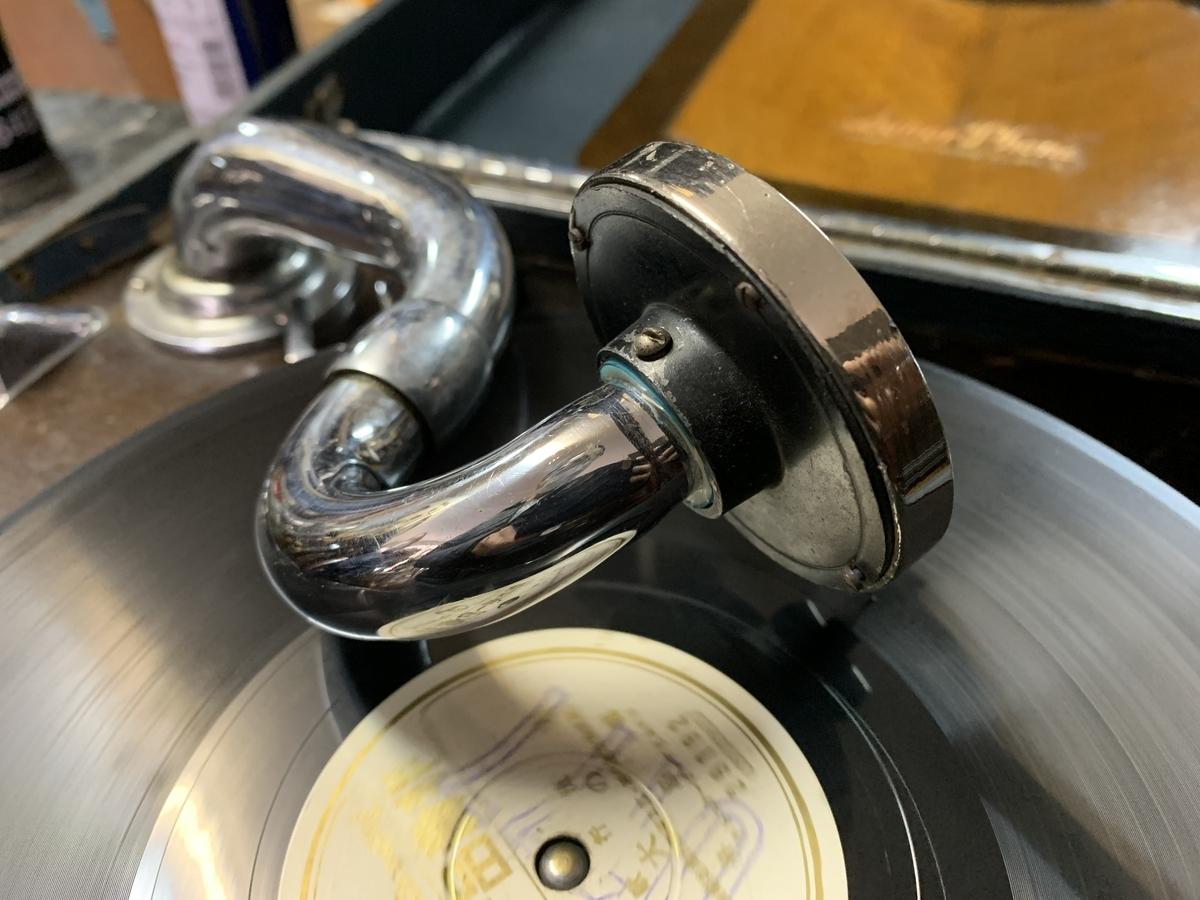 有限会社スミコ美術店】蓄音機の調整