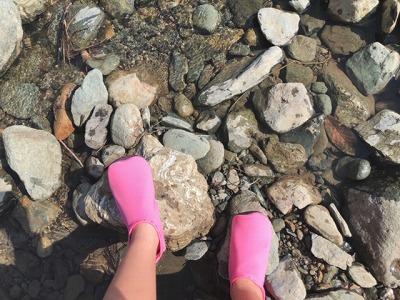 川遊びに履いてみました♪