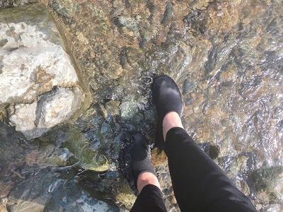 足場の悪い川でも使える?