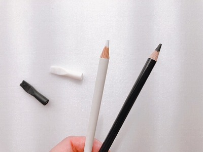 白と黒どちらが好み?