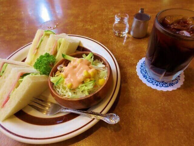 喫茶店 サンドウィッチ マン