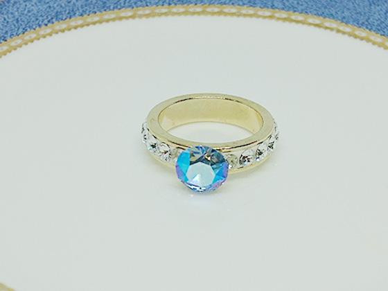 グルーデコで作ったスワロフスキーの指輪