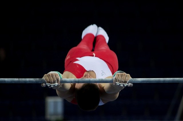 鉄棒(horizontal bar)