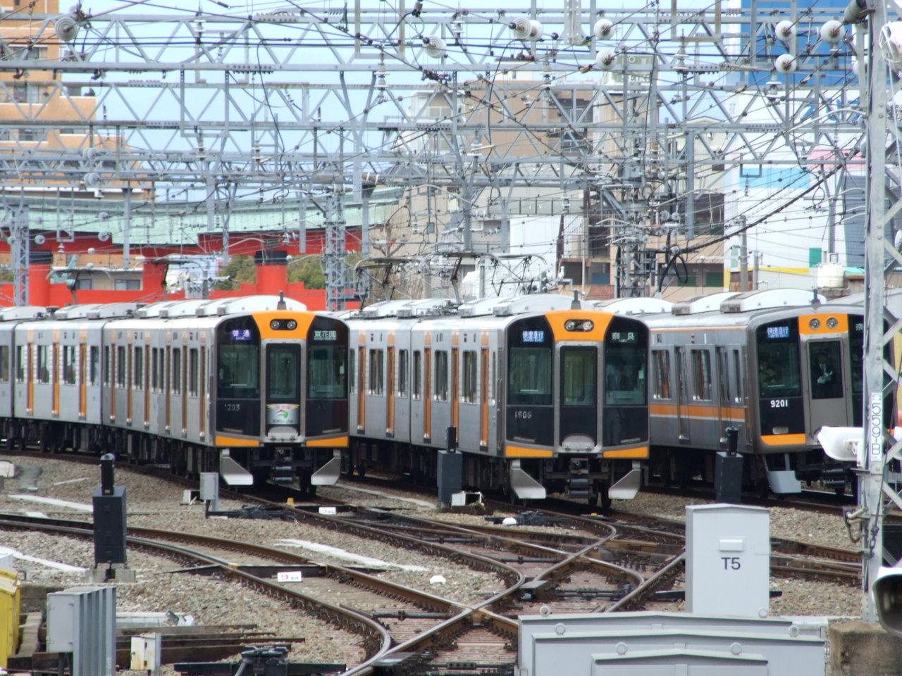 阪神尼崎駅@留置線+本線