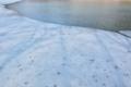 [ダム湖][湖][湖沼][氷][山間]ダム湖