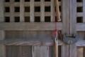 [拝殿][神社][格子戸][格子][錠前]拝殿
