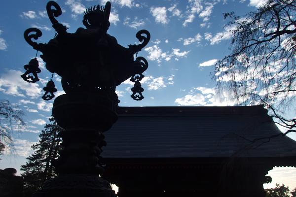 青銅製燈籠