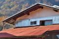 [民家][山麓][金鶏山][集落][赤い屋根]民家