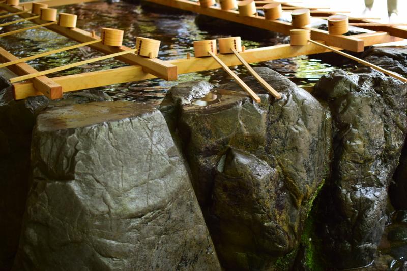伊勢神宮の手水舎