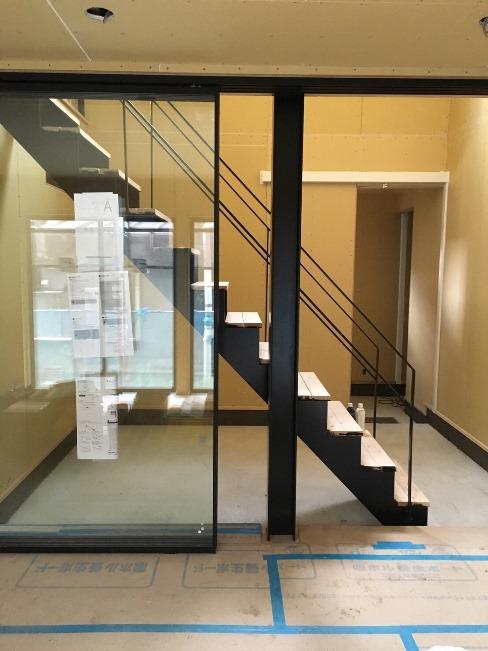 階段塗装後①