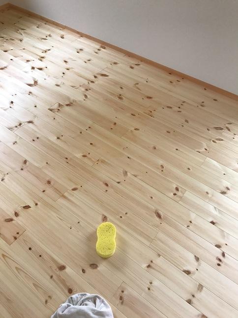 床塗装で半分仕上がり
