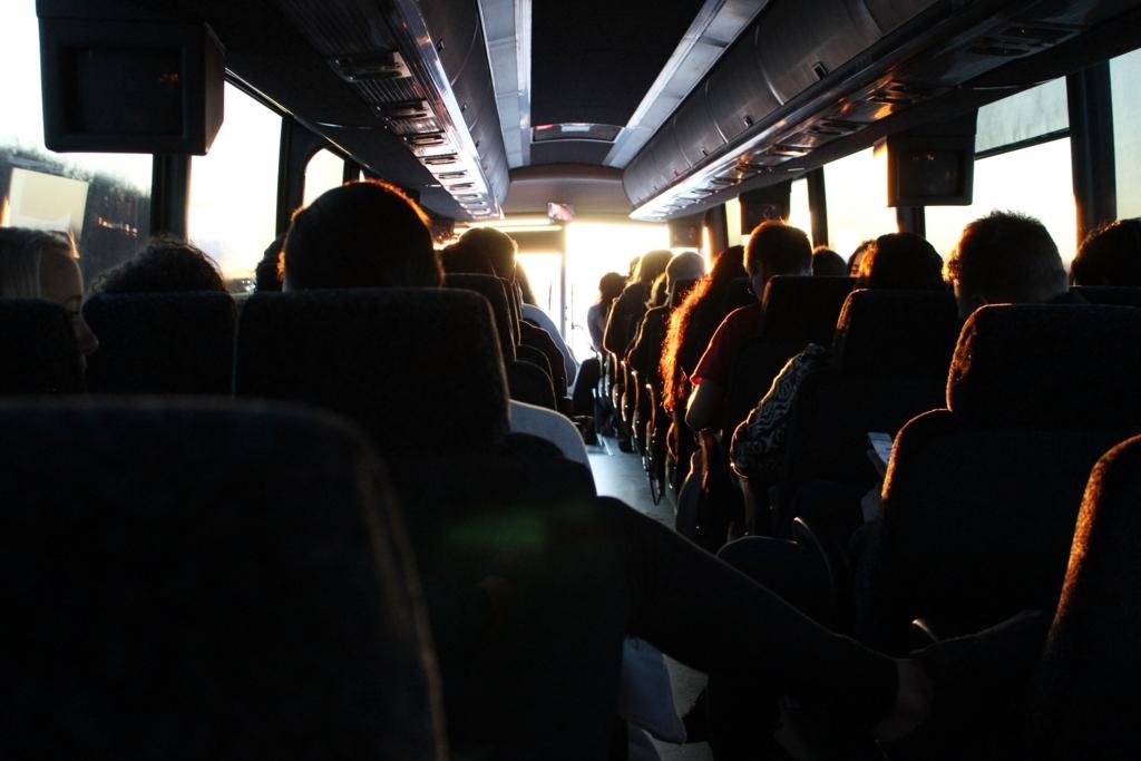 高速バスの車内