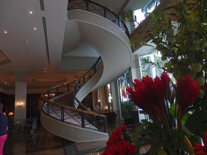ホテル・ロビー