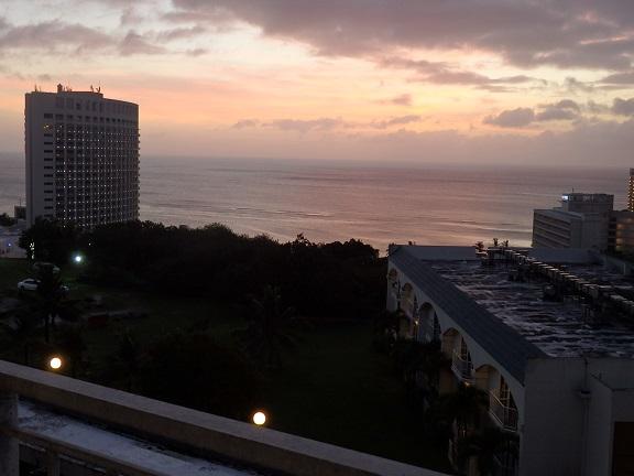 ラナイから眺めた夕陽