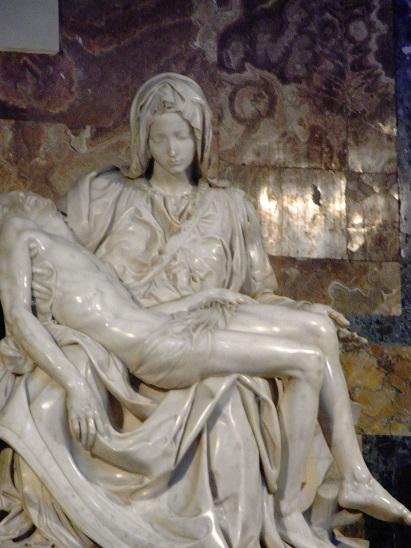 ラファエロのピエタ像