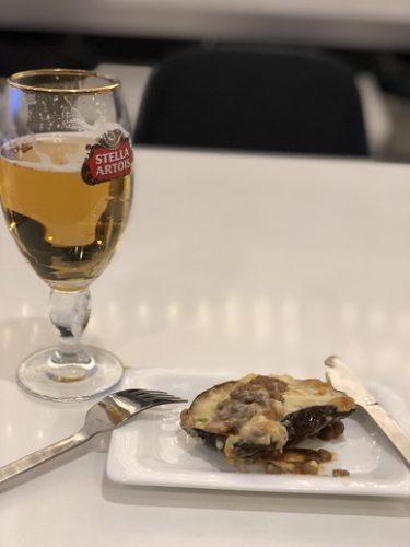 ビールとムサカ