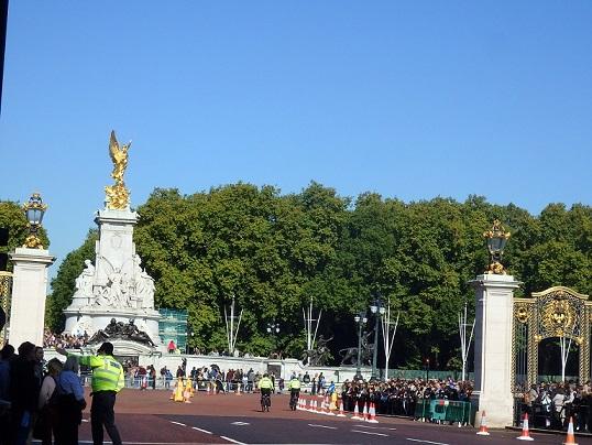 ビクトリア記念堂方面