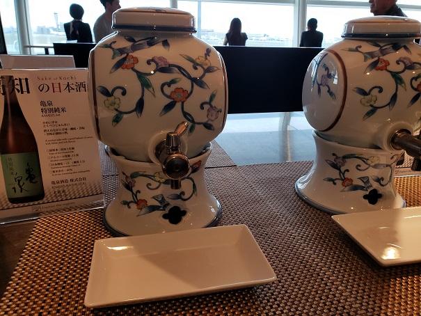 ANAラウンジ今月の日本酒は四国。