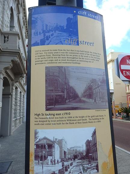1800年代のフリーマントルの様子を伝える看板