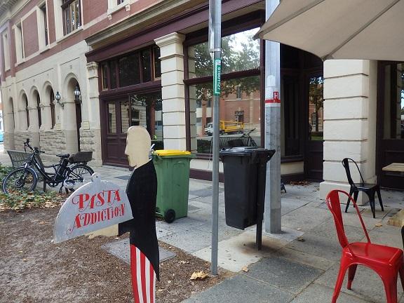 パスタレストランの看板