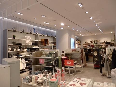 H&Mのリビング用品売り場