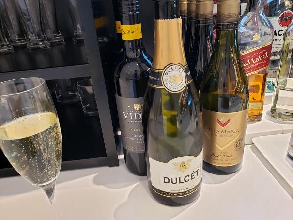 スパークリングワインなど