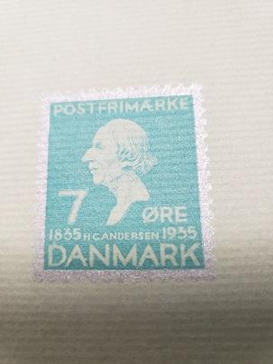 童話全集最後のページのアンデルセンの切手