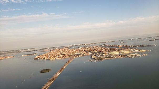 飛行機から見たヴェネツィア本島
