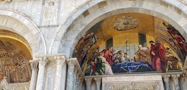 聖マルコの生涯を描いたモザイク画