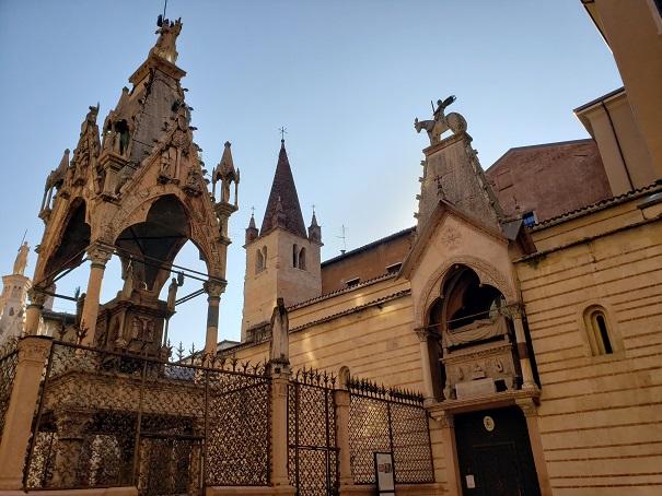 スカラ家礼拝堂と霊廟