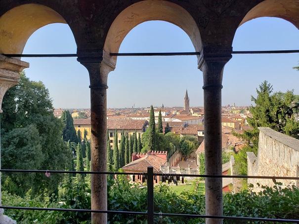 最上部からのヴェローナの眺め