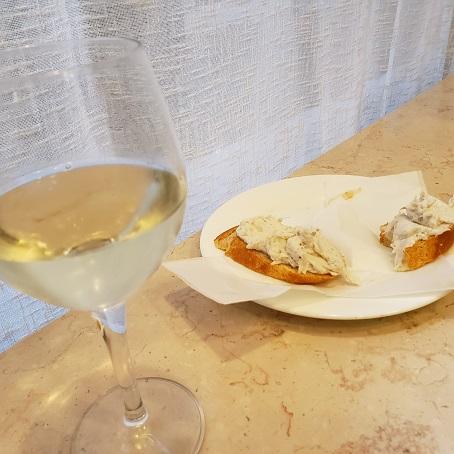 白ワインと鱈のチケッティ