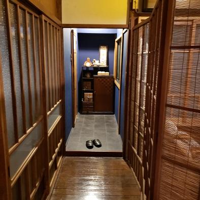 お店の二階廊下