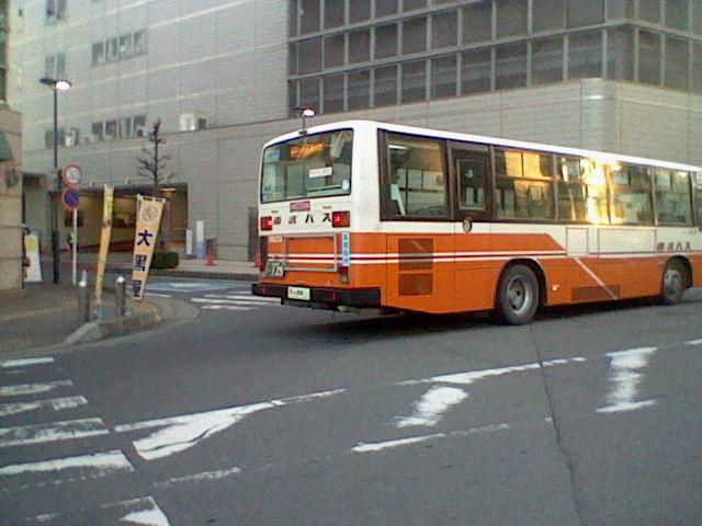 [路線バス][バス]