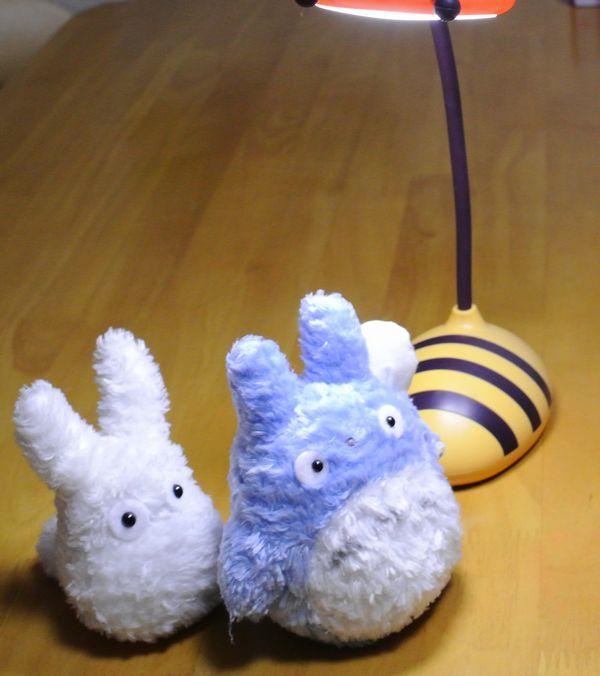 ミツバチ型デスクライト