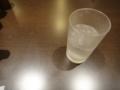 [グラスと机][静物]