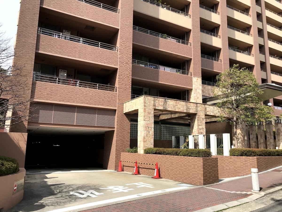 テラス神戸中山手通 駐車場