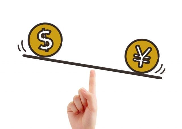 ドル円が円高に傾いている写真