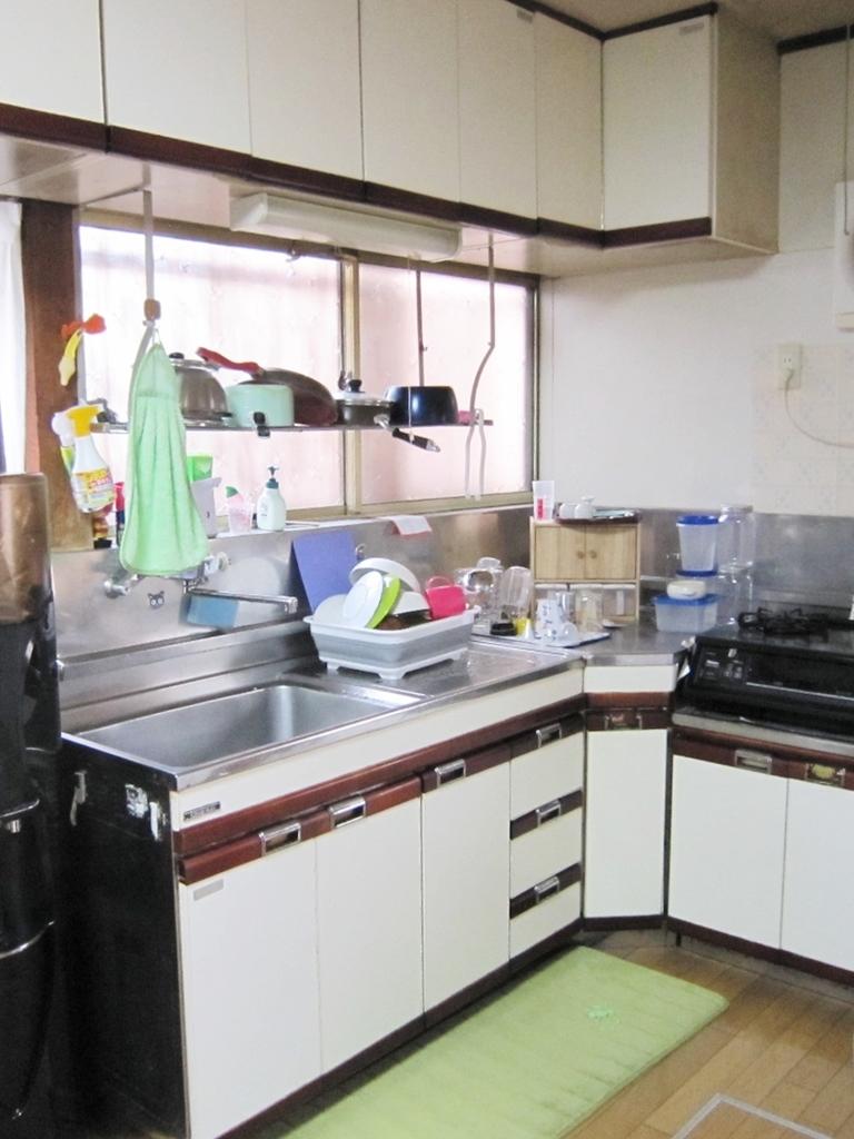 江南市小折町 中古住宅 キッチン