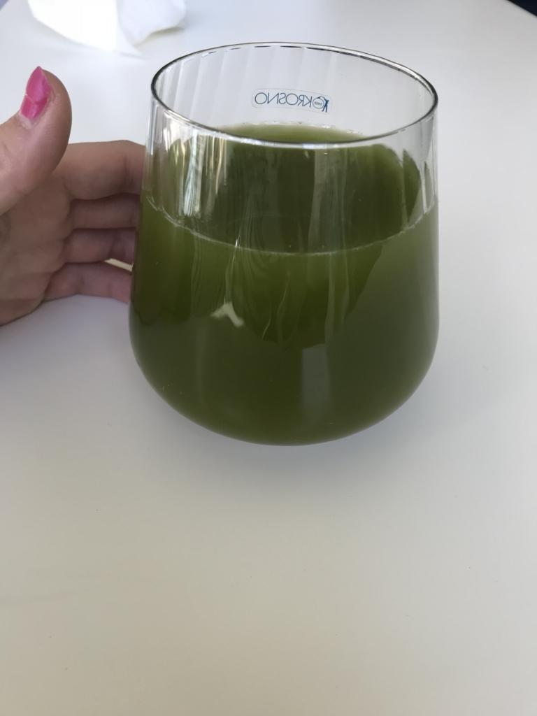 粉末緑茶の濃いお茶
