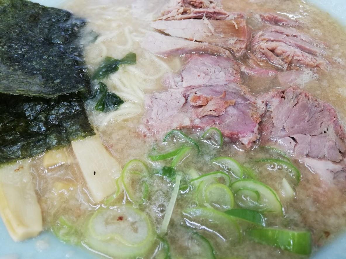 ラーメンショップのチャーシュー麺アップ写真