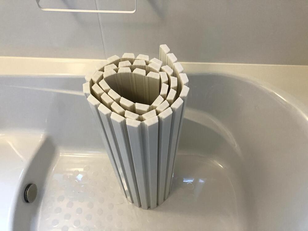 風呂の蓋浮かせる収納