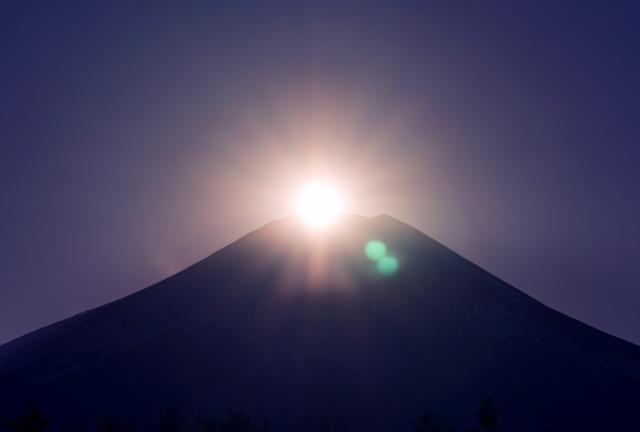 初日の出 富士山