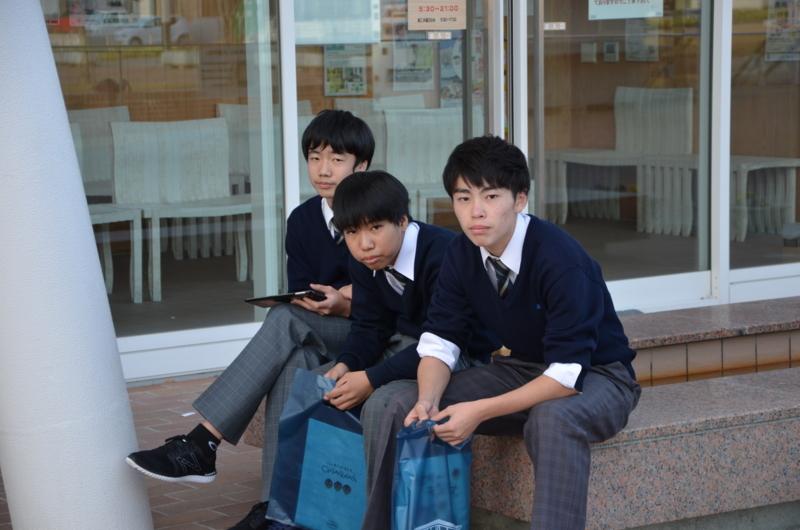 f:id:kgi-kanegae:20171113230257j:plain