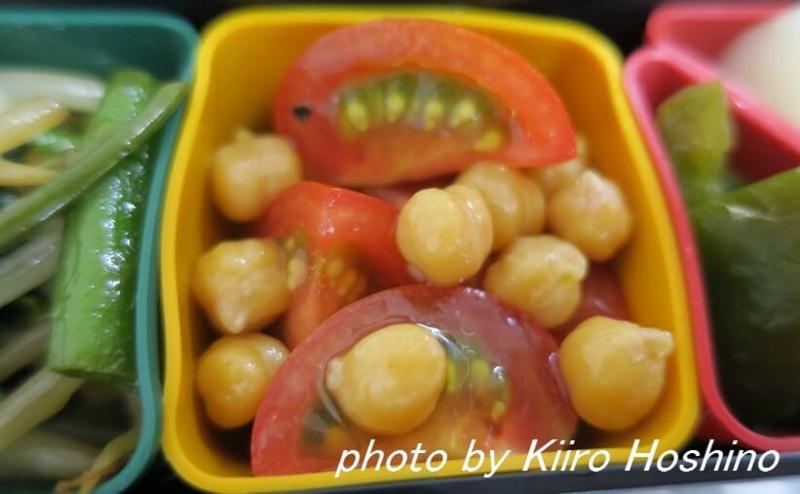 お弁当、2016-7-8、ひよこ豆とトマトサラダ
