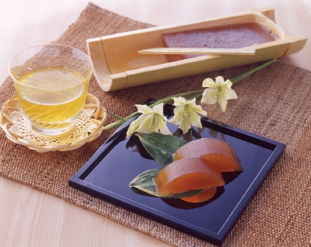 柿羊羹、竹容器 by 楽天